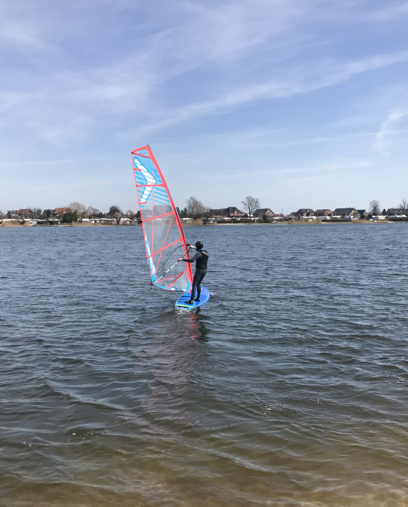Windsup auf einem See